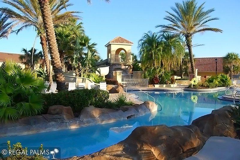 asequible y confortable casa adosada muy amplia de 4 dormitorios en el Regal Palms Resorts minutos de Disney