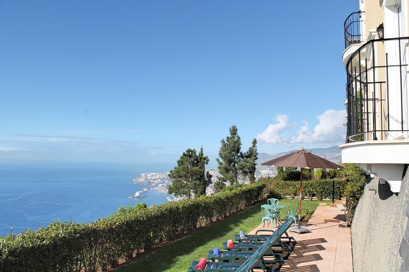 In luxury Palheiro Village, Heated Pool, Discounted Golf | Casa Bela Vista, holiday rental in Funchal