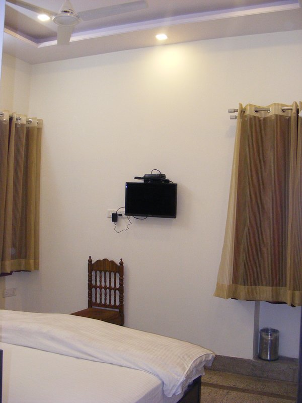 Ceiling Fan with LED flat screen TV