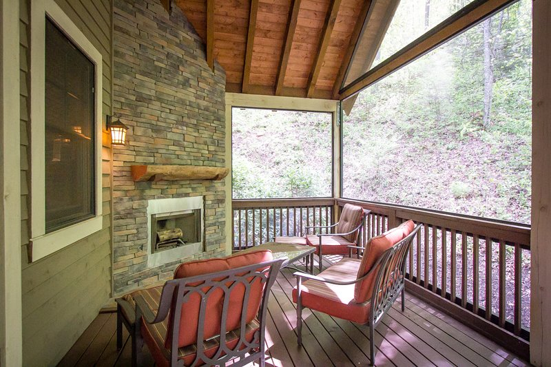 Back Porch w/ Fireplace