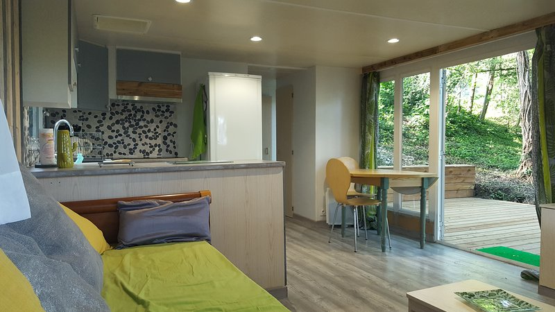 LE MOBIL HOME VER DE TERRE, holiday rental in Bourg-les-Valence
