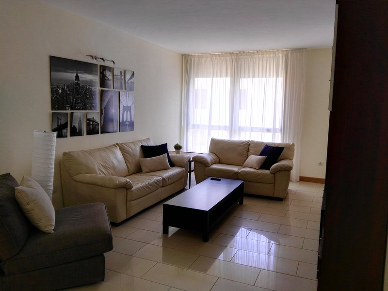ref.SF Apartamento zona muy centrica, holiday rental in Maria Jimenez