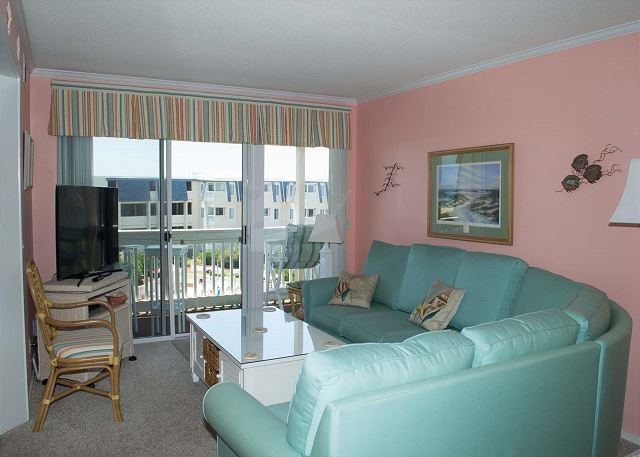 Wonderful oceanview condo w/recently updated kitchen & bathrooms!, vacation rental in Atlantic Beach