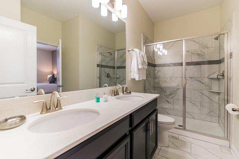 top villas orlando casas de vacaciones cuarto de baño con dos lavamanos