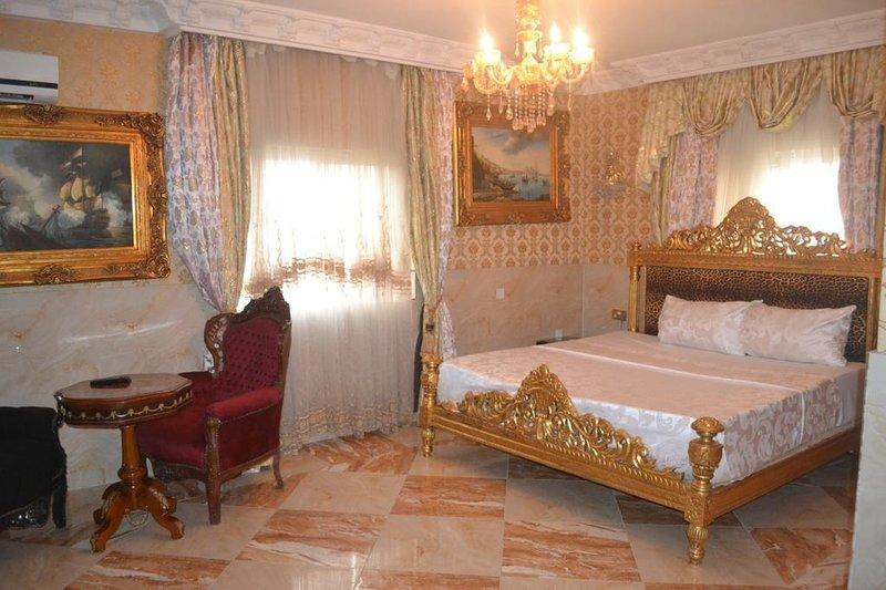 Grand Emperor Hotel Deluxe Room8, alquiler vacacional en Lekki