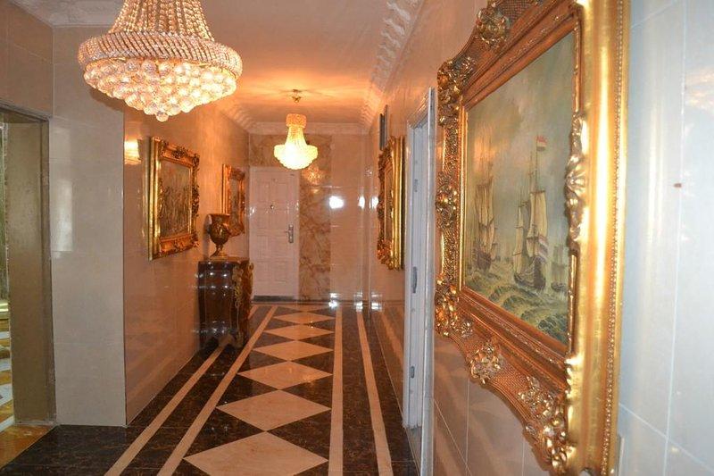 Grand Emperor Hotel Deluxe Room9, alquiler vacacional en Lekki