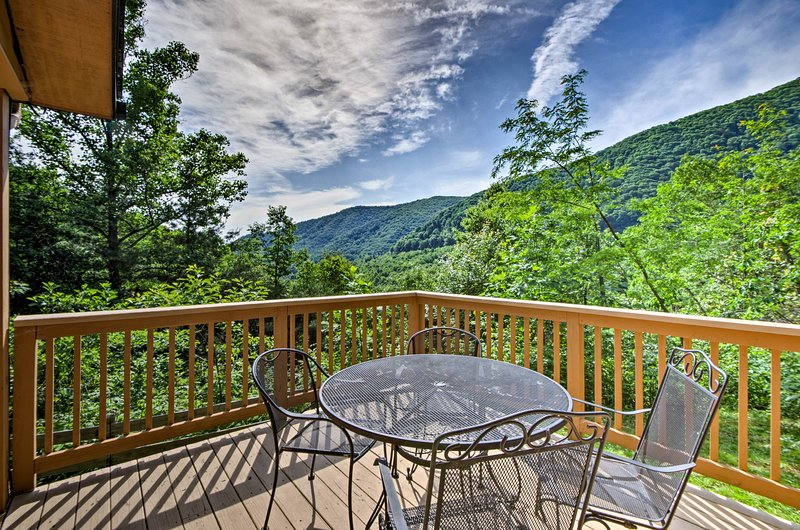 Explore Maggie Valley from this scenic vacation rental cabin!
