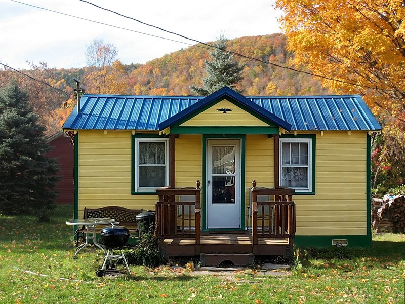 Bungalow in the Fall