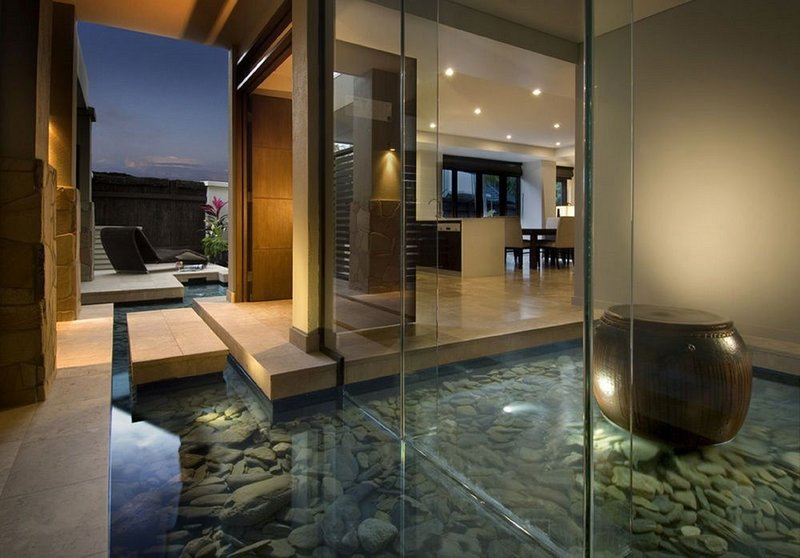 Villa entrance and water feature