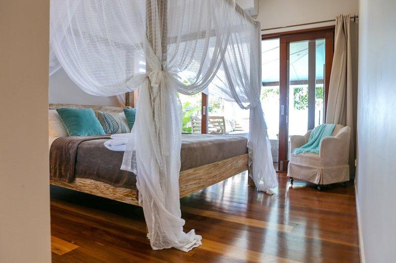 The Artist House - Main Bedroom