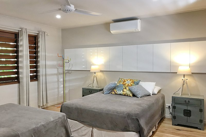 The Artist House - 3rd Bedroom offering 2 queen beds