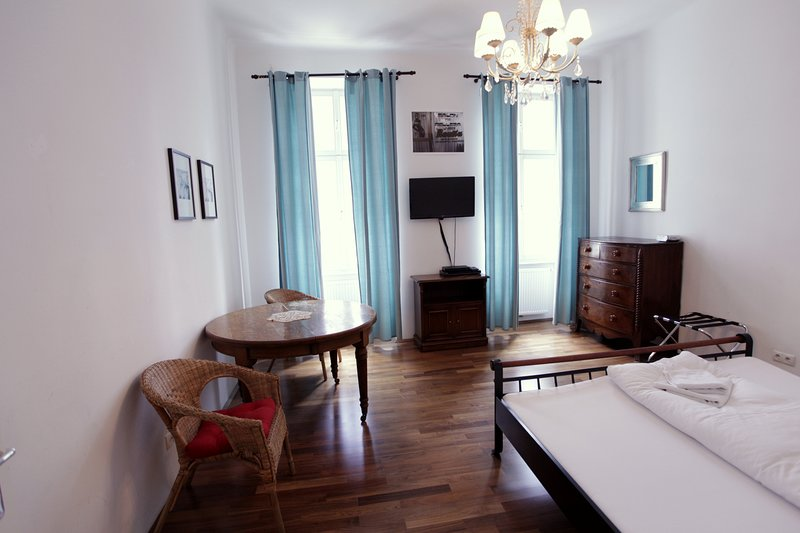 room 1 - single or double room