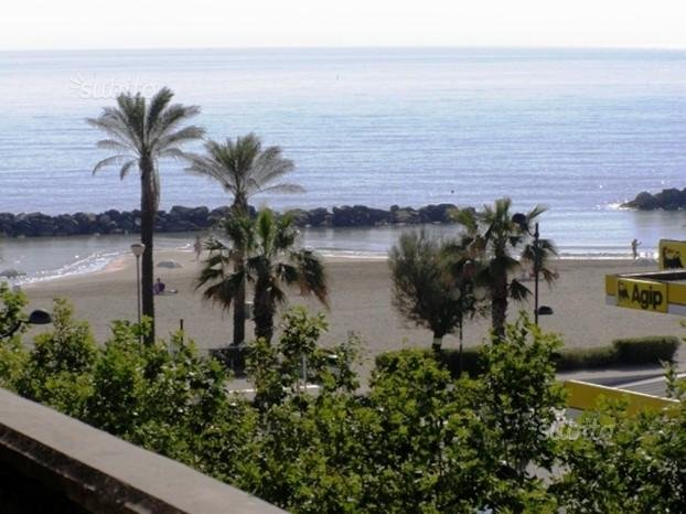 Vista Ultimate sea floor terraced villa
