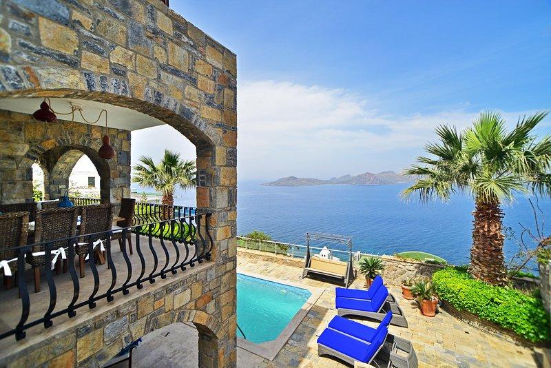 Villa Manzara, Yalikavak Bodrum, Private Pool open sea views, holiday rental in Bodrum District