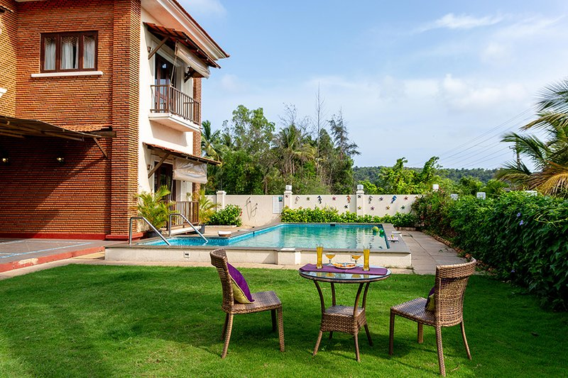 Sunset Villa by Vista Rooms, holiday rental in Bambolim