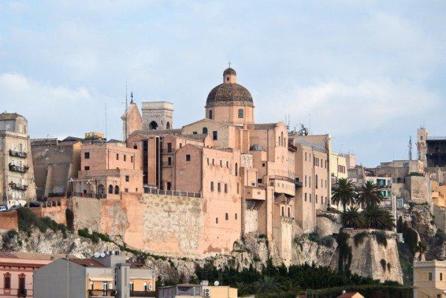 Panoramica, nel cuore della città, holiday rental in Cagliari