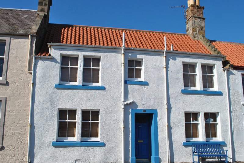 Sand And Sea Cottage- fabulous family home in Crail, Fife, alquiler vacacional en Crail