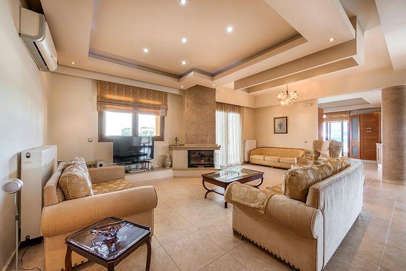 Archangelos Villa Sleeps 8 with Pool - 5635684, holiday rental in Archangelos