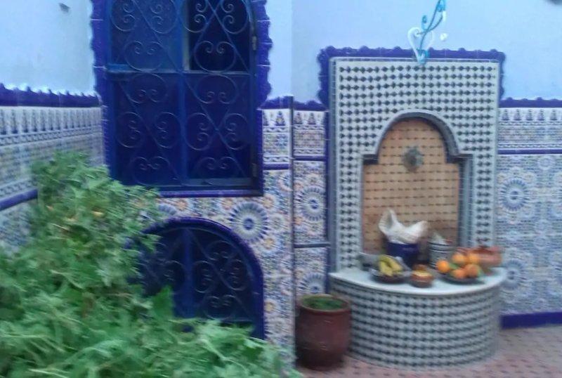 Riad Casa vacanza blu ocean nella medina di asSila tanger, alquiler de vacaciones en Arcila