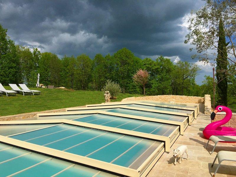 Casas rurales en Sibemol, nuevo! cubierta rígida para proteger la piscina y para preservar el calor de más de 30 ° C / 86 ° F