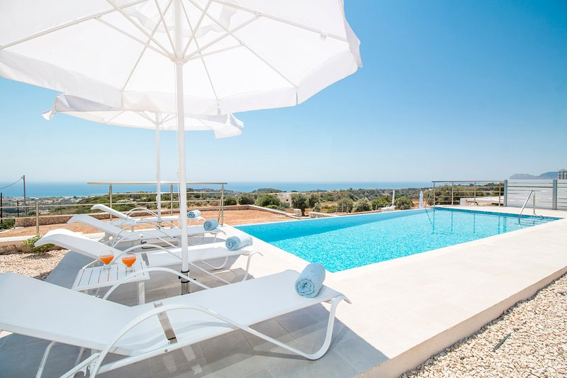 Rhodes Town Villa Sleeps 8 with Pool and Air Con - 5635686, vacation rental in Afandou