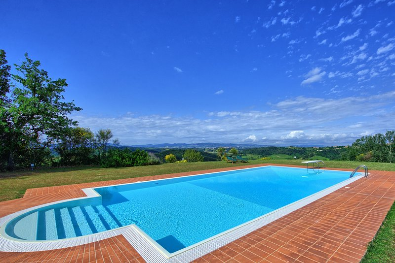 Legoli Villa Sleeps 8 with Pool and WiFi - 5605870, holiday rental in Montefoscoli