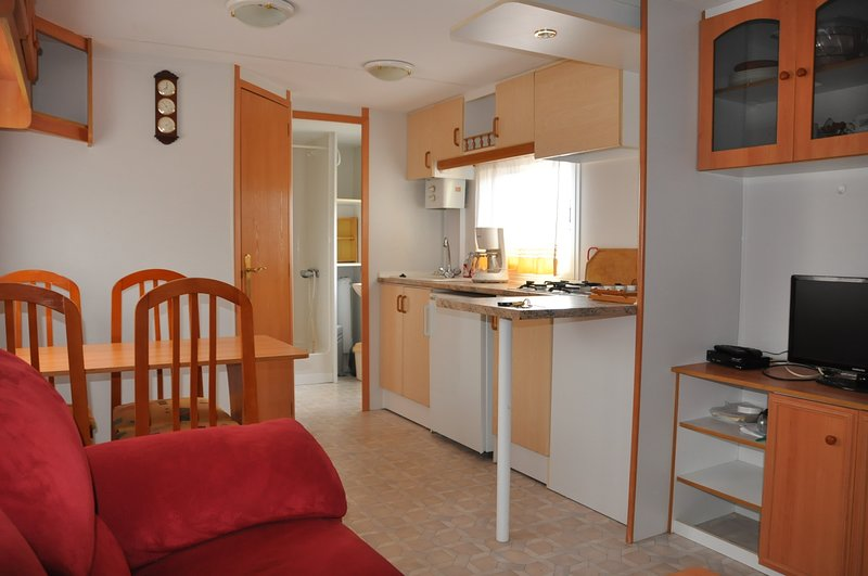 MagicMobil, holiday rental in Peyriac-de-Mer