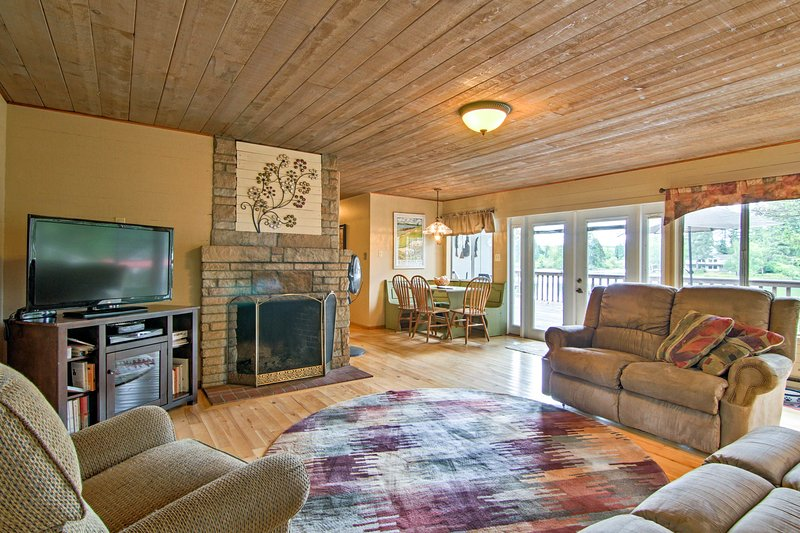 Relax by the fire with your party of 6 in this cozy vacation rental home.