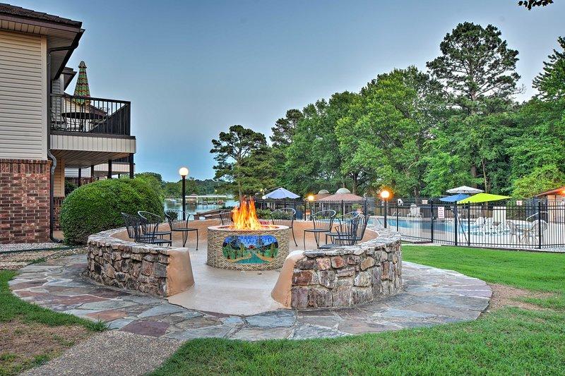 Il tuo ideale Hot Springs ritiro attende al Emerald Isle Resort!