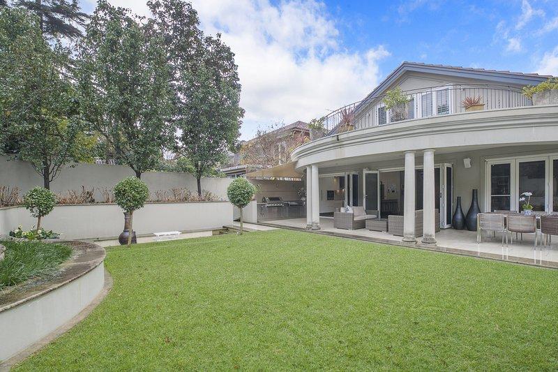 BALMORAL OASIS - Mosman, NSW, vacation rental in Mosman