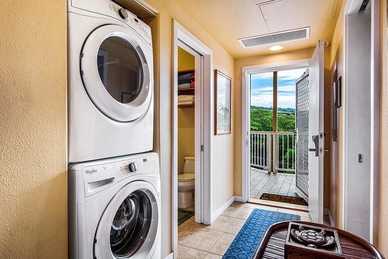 Waschmaschine und Trockner in der Wohnung