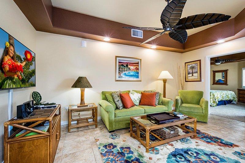 Wohnzimmer verfügen über großen Deckenventilator