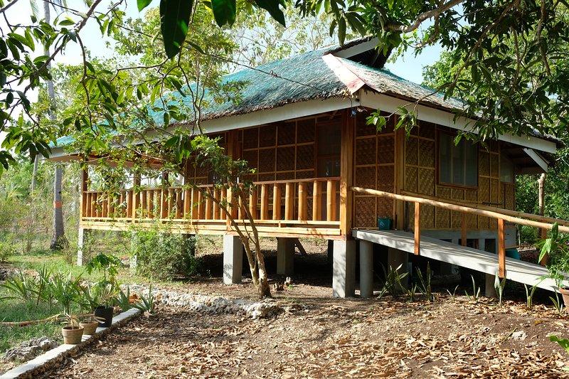 Beach House 2, Entrance
