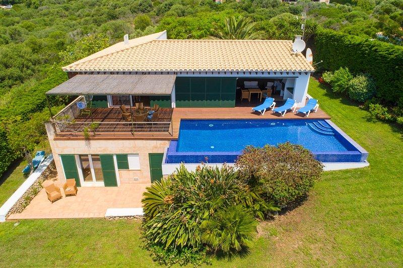 Aerial view of Villa Iris Torret