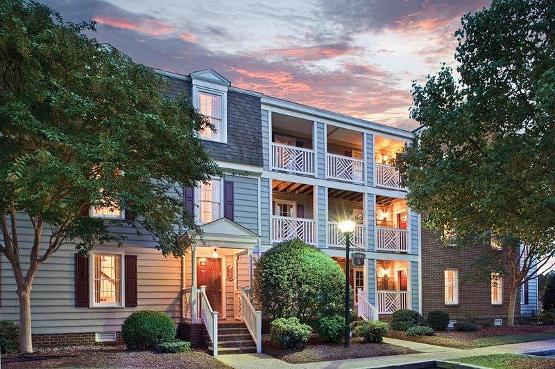 Wyndham Kingsgate : 1-Bedroom with Kitchenette, Sleeps 4., alquiler de vacaciones en Williamsburg