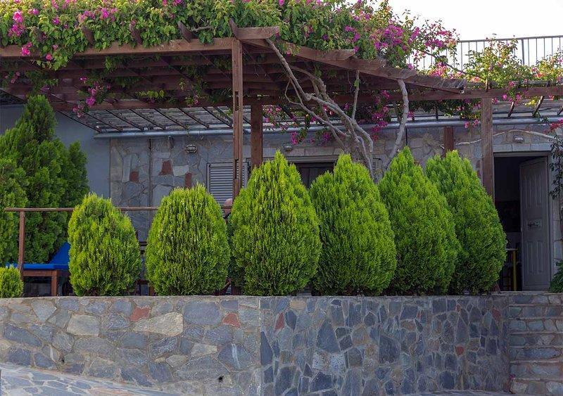 Periyali 5, vacation rental in Lavrio