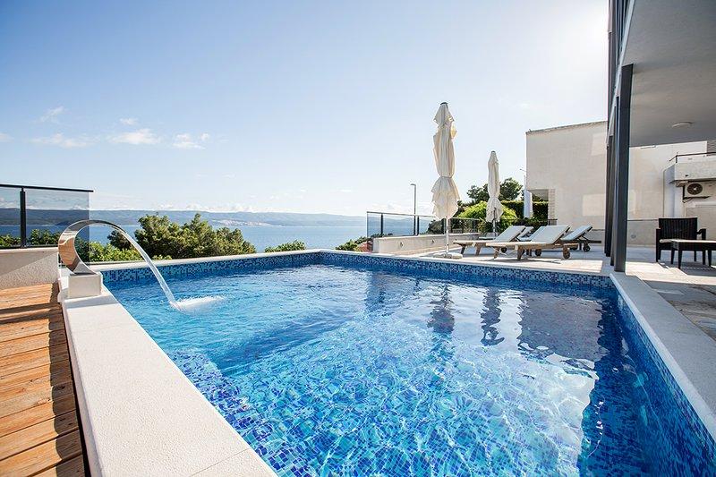 Top studio - swimming pool, location de vacances à Mimice