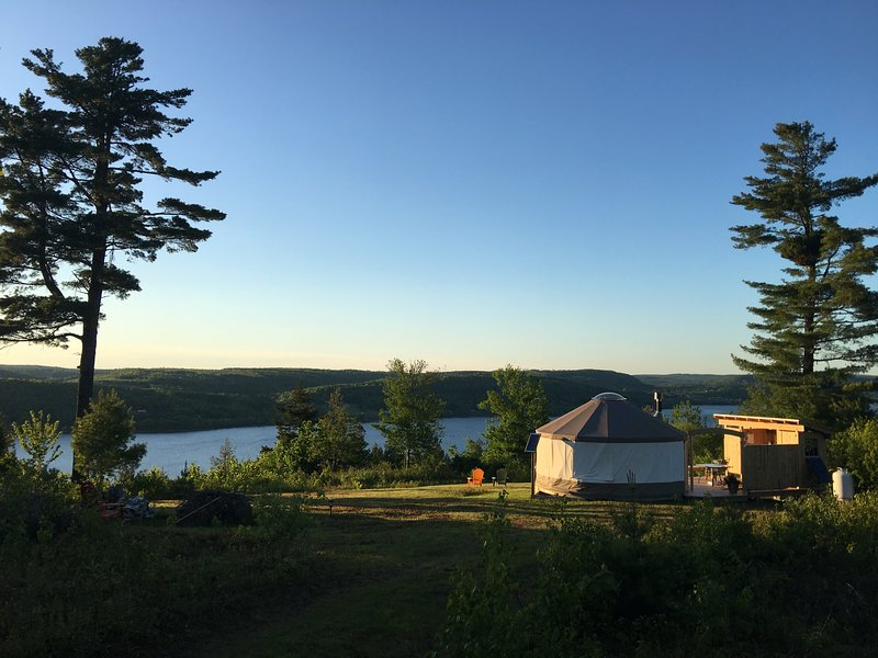 Safari Yurt Belleisle Bayview Retreat, vacation rental in Gagetown