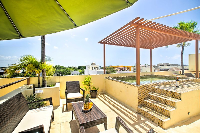 Book a trip to Playa Del Carmen and stay at this upscale vacation rental condo.