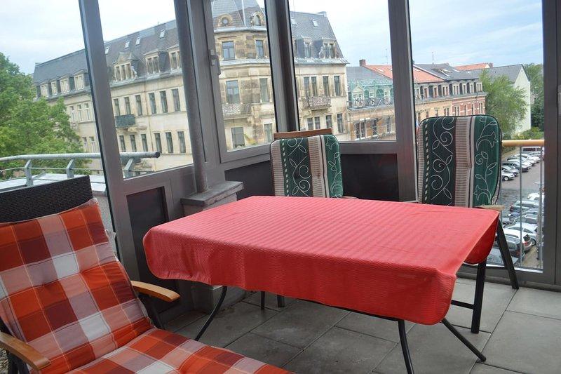 Top 3-Zimmer-Wohnung mit Loggia, vacation rental in Dresden