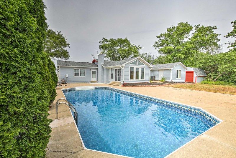 Run away to Indianapolis at this vacation rental home!