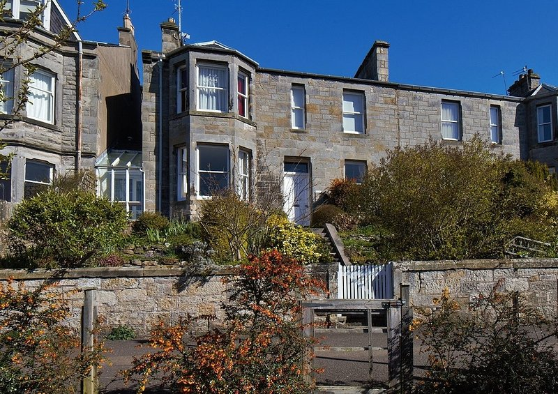 The Park Apartment, holiday rental in Strathkinness