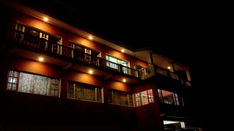 Palm Grove Kotagiri Homestay (Bedroom 1), vacation rental in Kotagiri