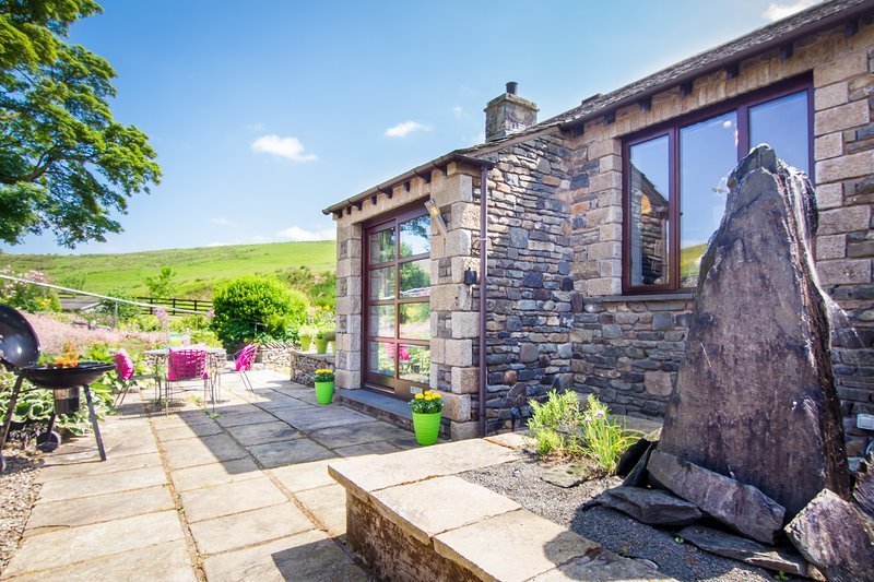 Coomb View at Sandbeds, Luxury Barn Conversion at Grayrigg, Nr Kendal, Cumbria – semesterbostad i Kendal