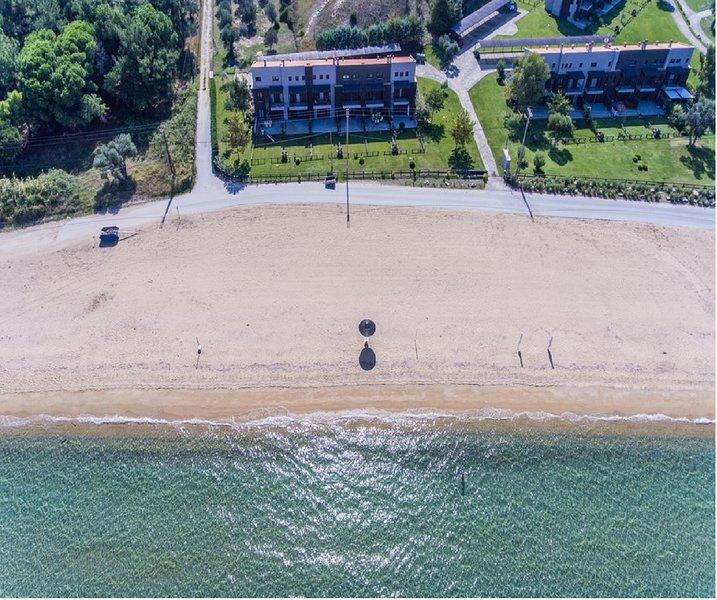 Seaside Luxury Villa, Athos - Halkidiki, holiday rental in Ouranoupoli