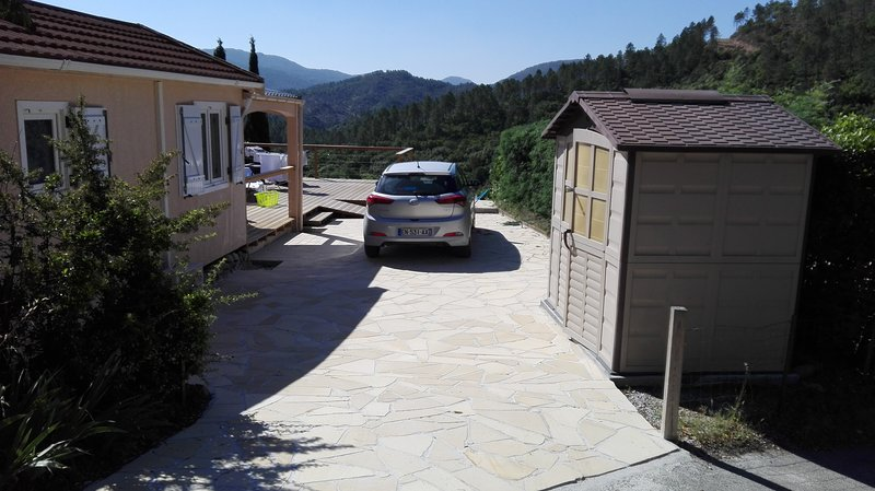 Chalet de vacances au Muy, holiday rental in Puget-sur-Argens