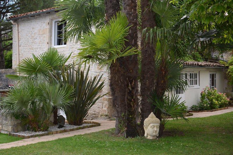 Le petit bois – semesterbostad i Coulon
