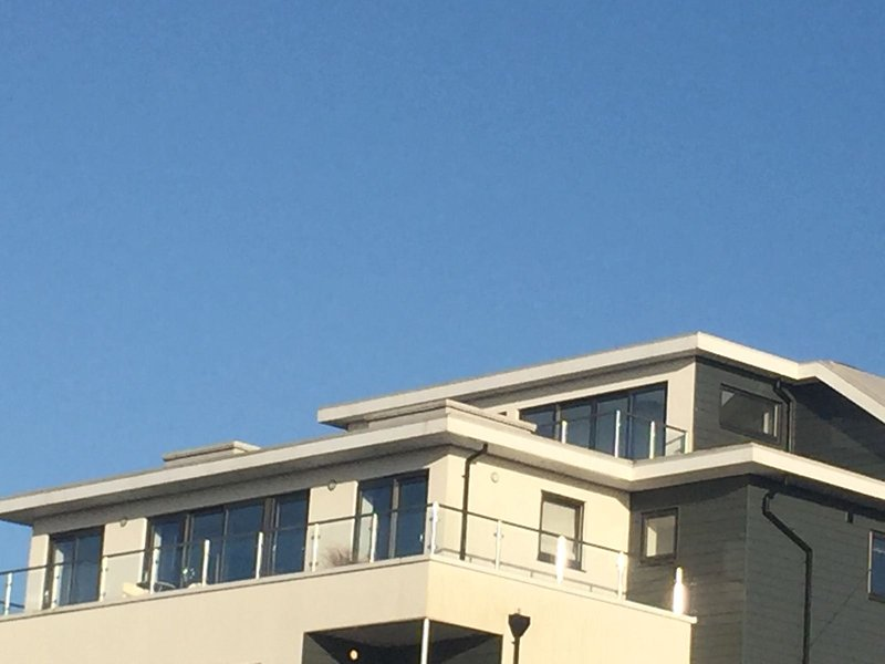 Penthouse apartment sea views town center and beaches, holiday rental in Newquay