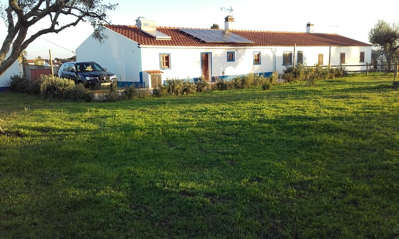 Traditional Rural House in Alentejo, vacation rental in Odemira