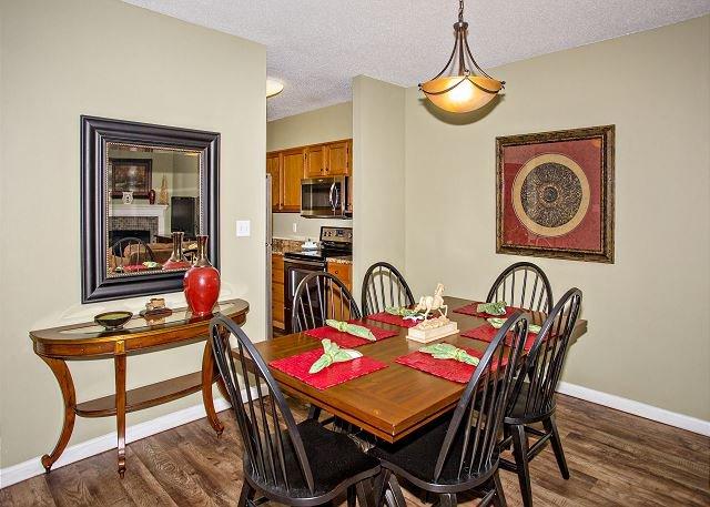 Área de jantar com mobiliário bonito